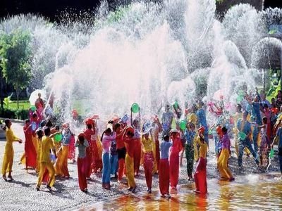 Get Soaked At Songkran