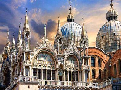 Visit The Basilica Di San Marco