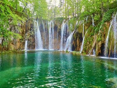 Wonder Around Plitvice Lakes